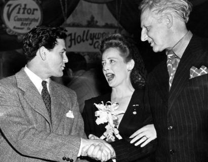 John Garfield and Bette Davis